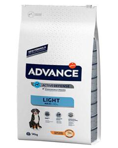 Saco de pienso marca Advance Maxi Light recetas de pollo y arroz