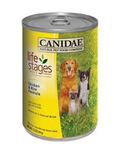 Lata de comida para perros